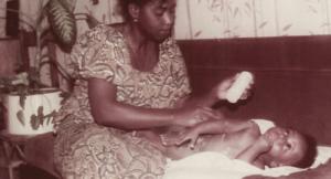 Stéphane K bébé et sa mère