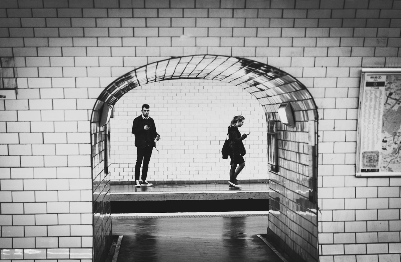 attente dans le metro
