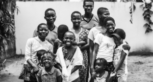Enfants de la Cité de la Sainte famille
